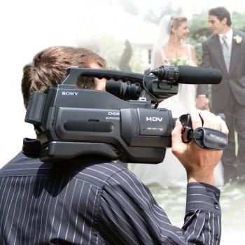 A Ty co będziesz oglądać na zapisanym materiale video z wesela? Kotleta czy kino akcji?